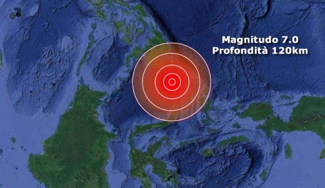 Terremoto tra Filippine e Indonesia magnitudo 7.0