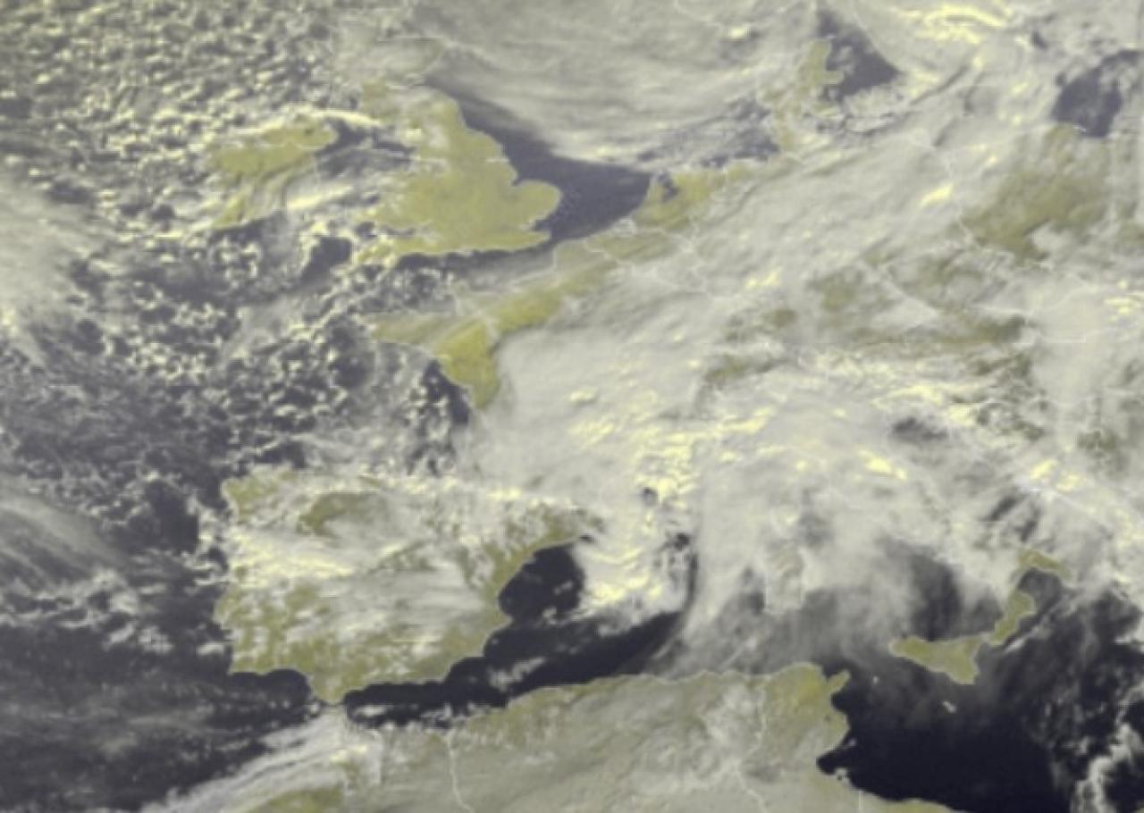 Zoom satellite venerdì mattina