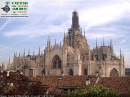Il cielo di Milano questa mattina: solcato da velature (Fonte: http://www.milanocam.it)