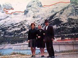 Il ghiacciaio nel 1968, visto dal lago di Fedaia (2030m) (bellunovirtuale.com)