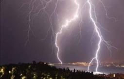 CRONACA EUROPA: prosegue il maltempo. Piogge intense, grandine e anche NEVE
