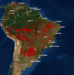 Gli incendi vista dal satellite nella sola giornata del 23 Agosto