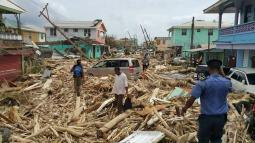 URAGANO MARIA devasta Portorico e minaccia le isole Turks e Caicos