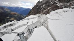 Il ghiacciaio Planpincieux nel versante italiano del Monte Bianco, che ha tenuto in allarme la Val Ferret nell estate 2020
