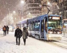 Meteo Europa - Bufere di neve sulle Alpi, venti forti tra Regno Unito e Norvegia