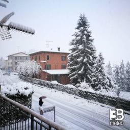 Neve a Carpineti