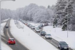 Europa: Blizzard in Inghilterra e Irlanda, neve ieri anche a Parigi