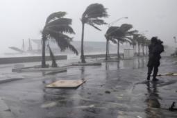 VENTI FORTI NELLE PROSSIME ORE: effetti del vortice mediterraneo, rischio mareggiate [MAPPE]