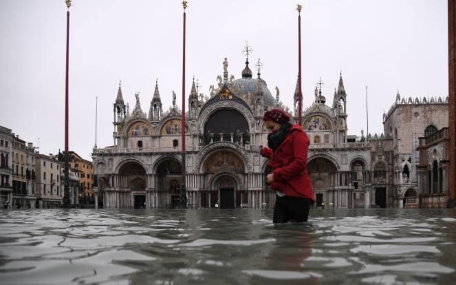 Acqua alta a Venezia, nuovo picco atteso venerdì 15 novembre