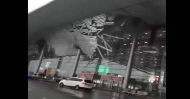 Aeroporto in Cina: crolla tetto per forte vento