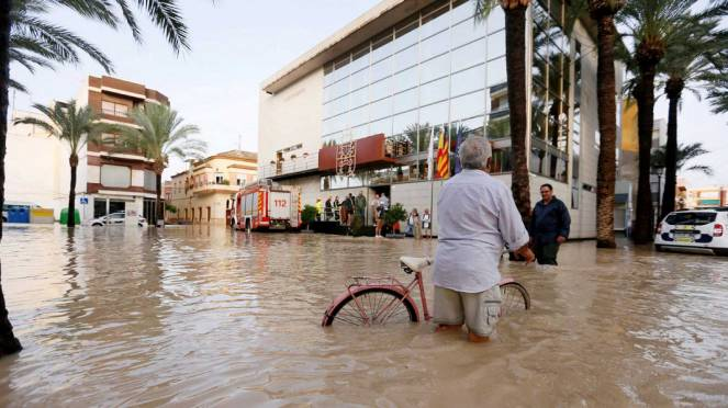 Alluvione a Malaga che questa mattina si è svegliata cosi