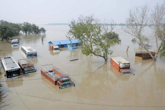 CRONACA METEO. Nuove disastrose alluvioni su India e Nepal, almeno 150 vittime - VIDEO