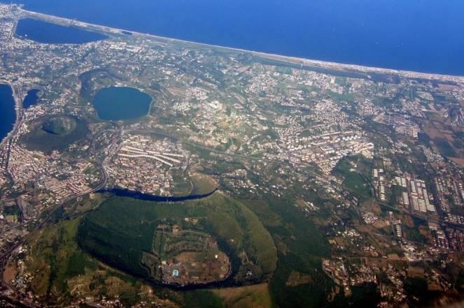 Terremoto Napoli: sciame sismico ai Campi Flegrei