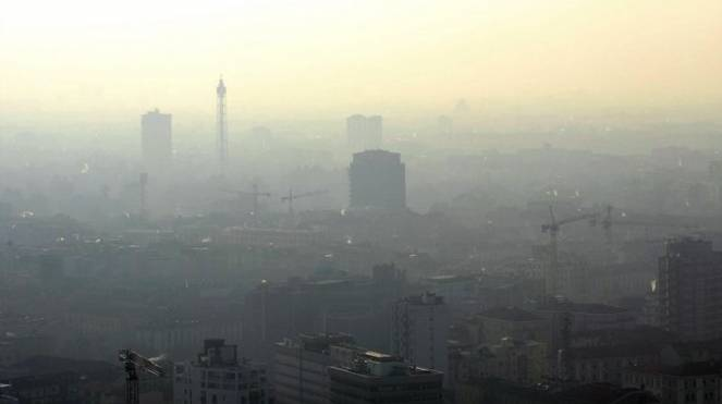 Cappa di smog su Milano