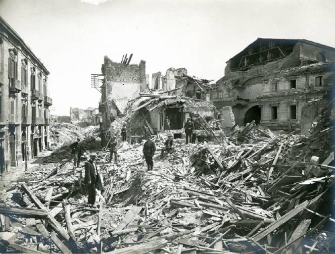 Messina dopo il sisma e maremoto del 1908