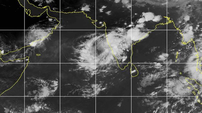 ciclone Nisarga in formazione