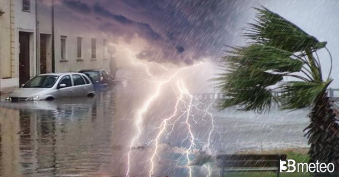 Cronaca meteo maltempo sull Italia, alluvione a Crotone, pioggia neve e vento forte