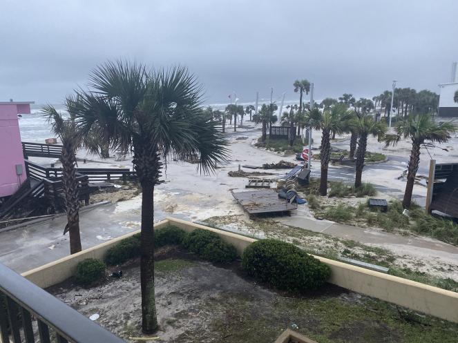 Devastazione a Gulf Shores (AL) dopo il landfall di Sally (Fonte: Tyler Fingert via Twitter)