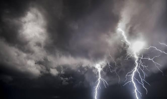 Diretta Meteo: piogge e temporali in atto sul Centro Italia.