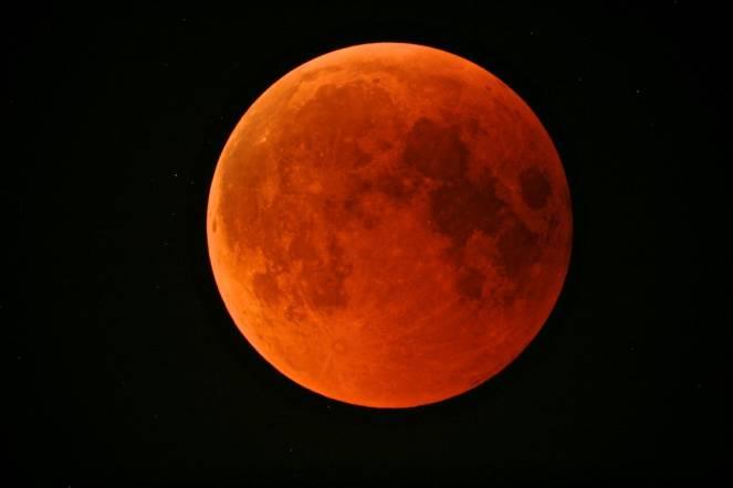 Eclissi totale di Luna - immagine di repertorio