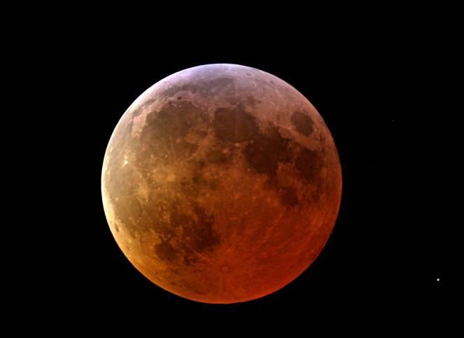 Eclissi totale di Luna visibile anche sull'Italia il prpssimo 28 Settembre!