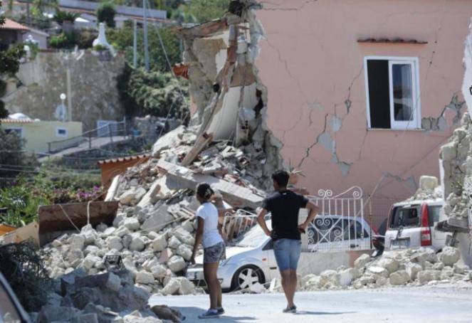 Edificio crollato a Casamicciola durante il terremoto di Lunedì sera