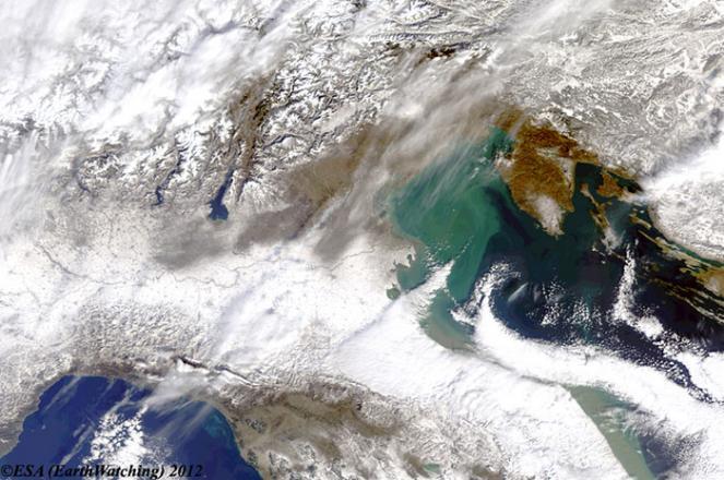 Emilia Romagna e Marche sepolte di neve vista dal Sat Febbraio 2012