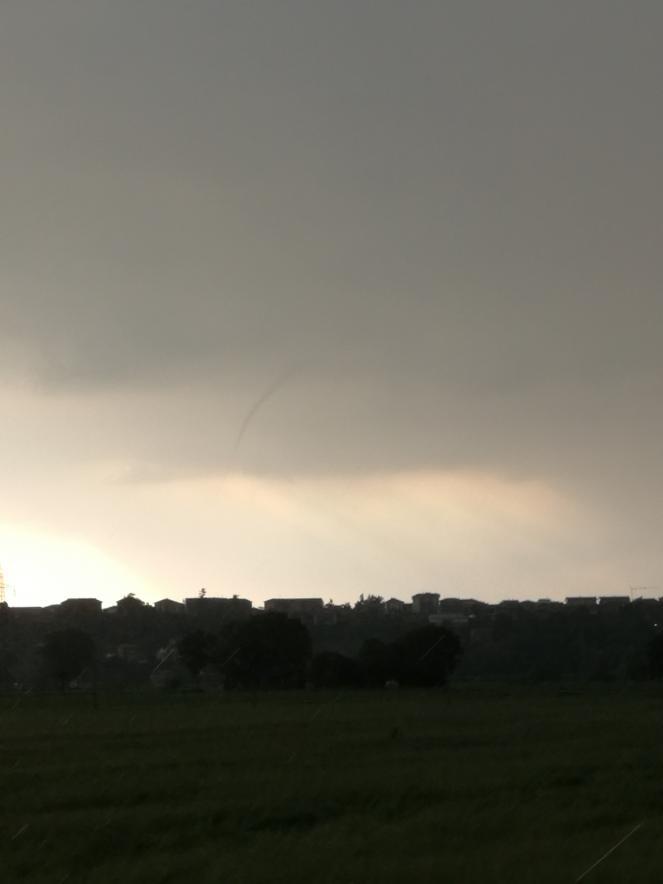 Forte instabilità sabato pomeriggio nella zona di Alba (CN)
