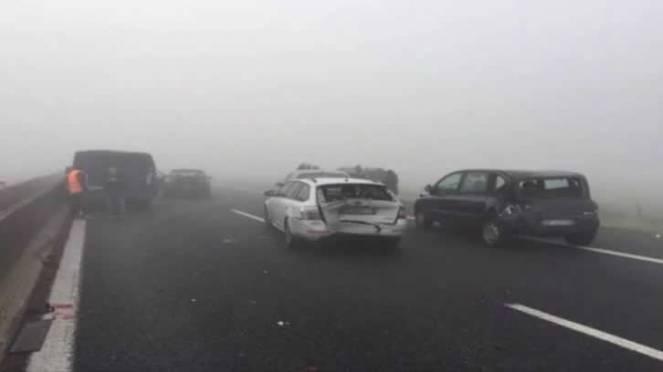 Gravi incidenti per nebbia in autostrada. Immagine di repertorio