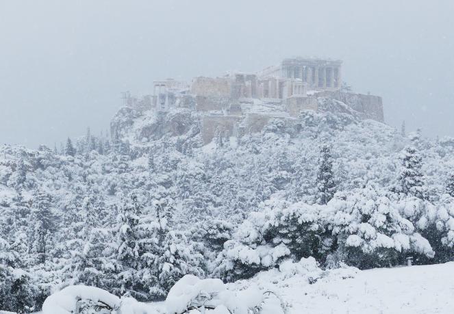 Grecia e Turchia sotto la neve, abbondante ad Atene (twitter @annapjudson)
