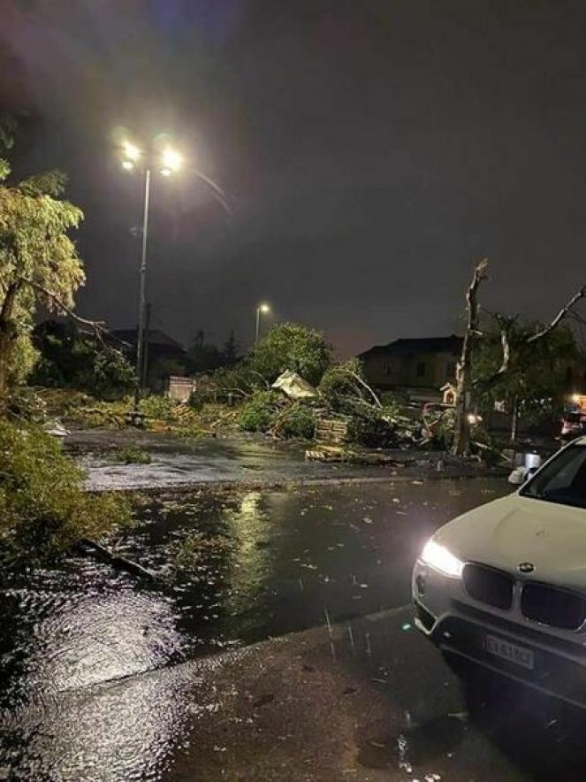I danni provocati dal passaggio del tornado a Santa Maria Goretti, Catania. Fonte CATANIATODAY