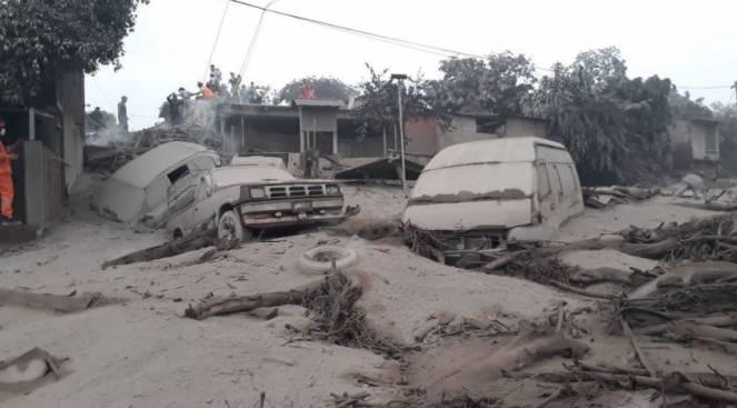 Guatemala, inferno di cenere: sono 69 le vittime del