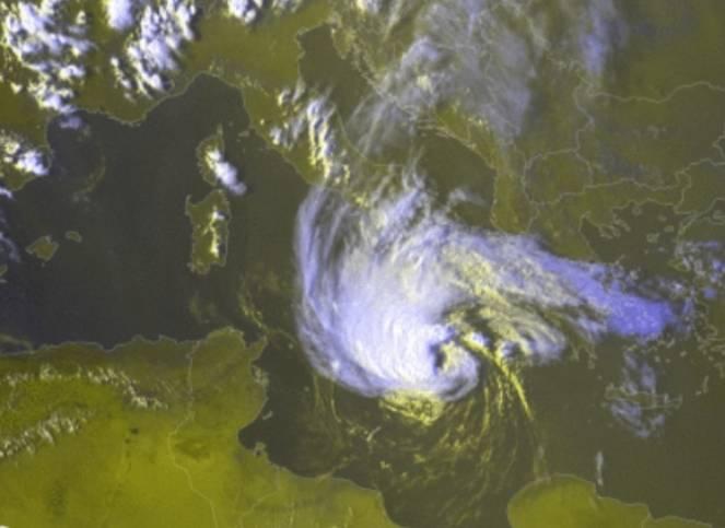 Il ciclone mediterraneo visto dal satellite