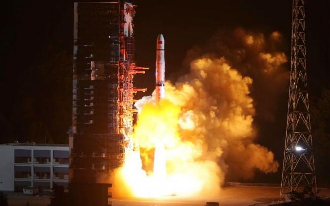 Il decollo di Queqiao dal centro di lancio cinese