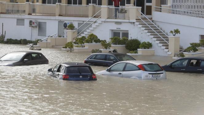 Il maltempo lascia la spagna meridionale ma la situazione resta di emergenza