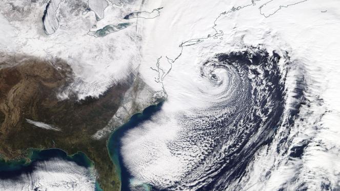 Il super ciclone Grayson visto dal Satellite (fonte EOSDIS)
