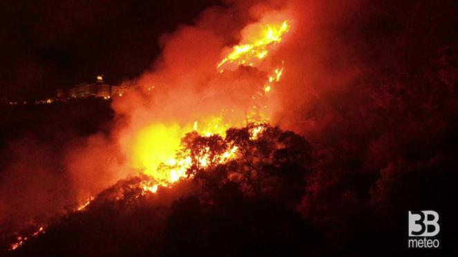 Incendi in Sicilia - immagine di archivio