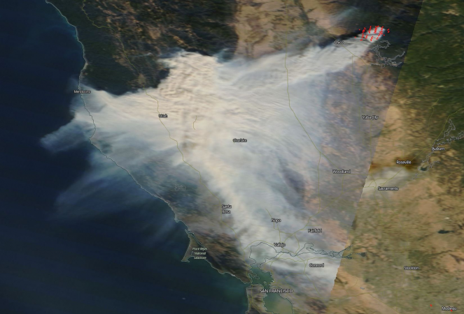 Incendio in California, 250km di fumo visti dal satellite!