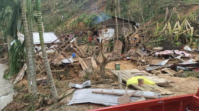 Ingenti danni nelle Filippine per il passaggio del tifone Goni (Fonte: Croce Rossa Filippine)