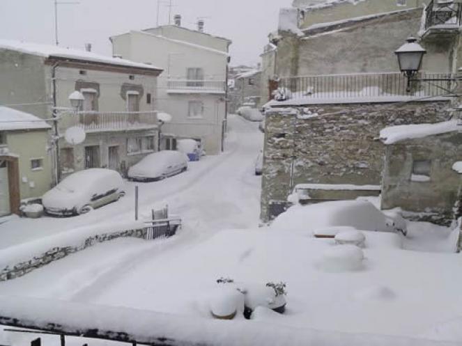 Ingenti nevicate in Molise, qui siamo a Toro