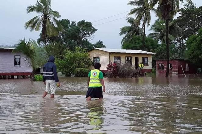 Inondazione nelle Isole Fiji per il ciclone Harold (Fonte: FEDERAZIONE INTERNAZIONALE DI CROCE ROSSA PACIFIC / VIA AFP-JIJI)