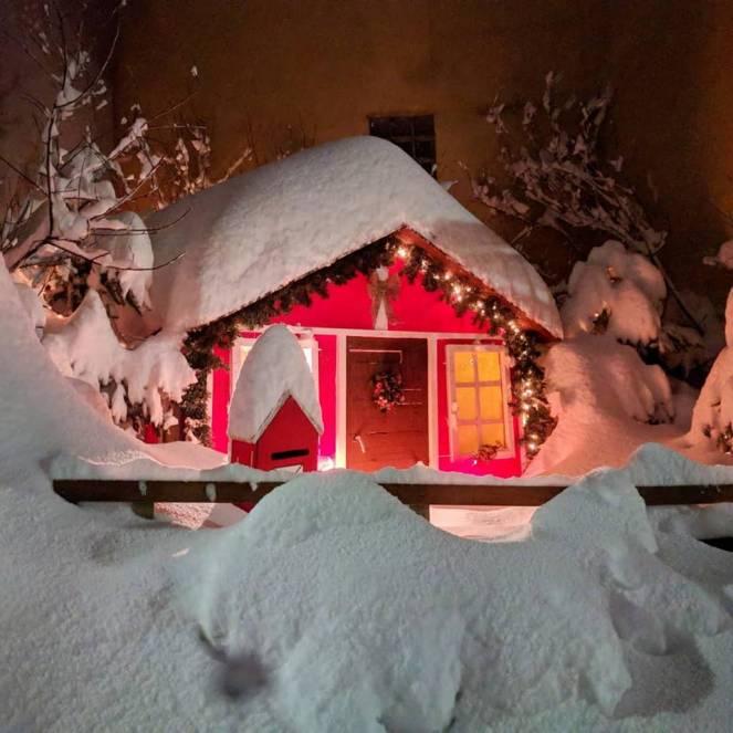 Isola Eubea sepolta dalla neve (fonte severe Weather)