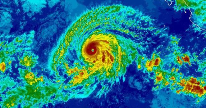 L'uragano Barbara visto dal satellite