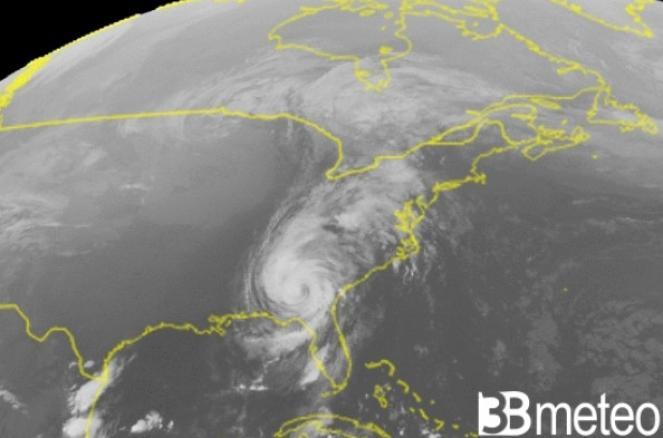 L'uragano MIchael visto dal satellite