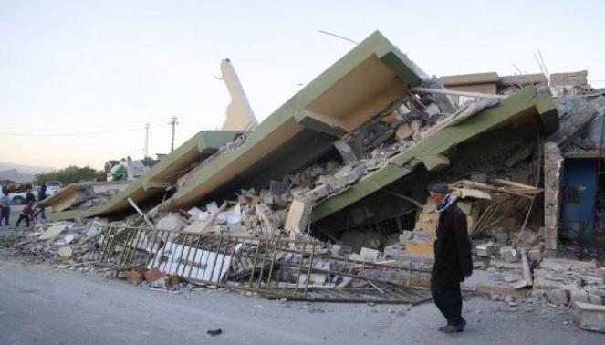 La devastazione provocata dal sisma del 12 Novembre di magnitudo 7.3