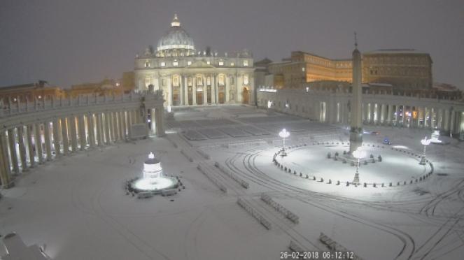 Emergenza neve a Roma: fioccano le buche