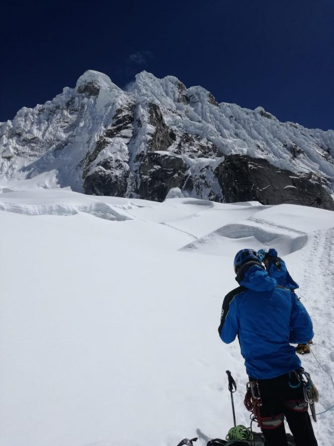 La scalata all'Alpamayo