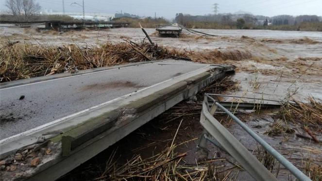 La tempesta Gloria nel pieno della sua attività in settimana in Spagna (Fonte immagine: elpais.com)