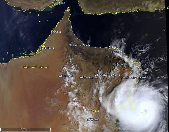 L'uragano Lorenzo passa alla storia: raggiunta categoria 5