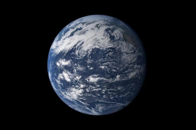 La terra vista dal lato del Pacifico sembra interamente fatta di acqua